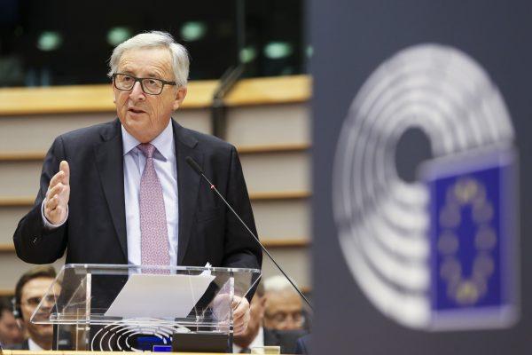 Le Plan Juncker devrait générer plus de 194 milliards d'euros d'investissements dans les 28 États membres